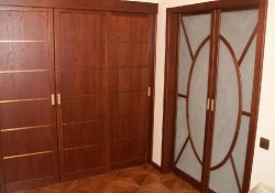 Двери из массива и шпона