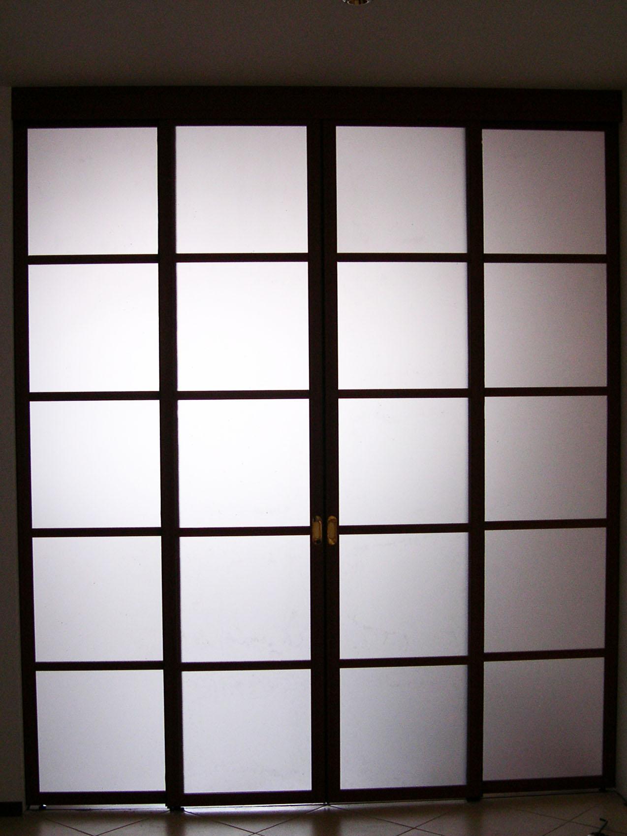 Раздвижная дверь в офис