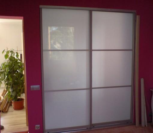двери для шкафа купе в коридоре