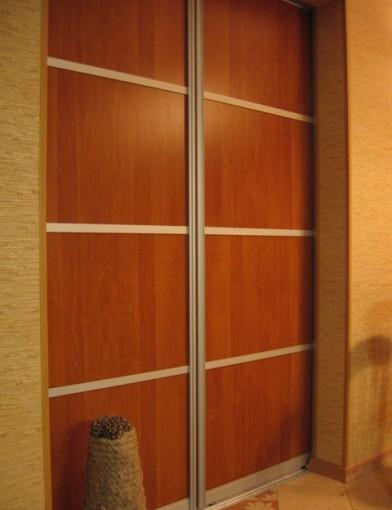 глухие двери купе для гардеробных
