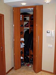 складные двери для гардеробных на заказ
