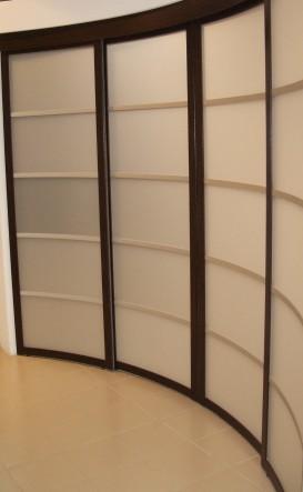 алюминиевые криволинейные двери и перегородки на заказ