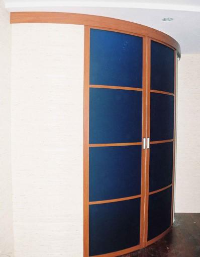 полукруглые раздвижные двери для шкафа