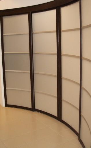 системы радиальных раздвижных дверей и перегородок модерн