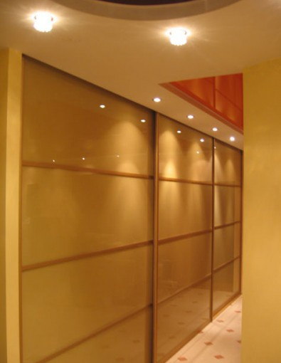 двери купе для шкафов в интерьерах