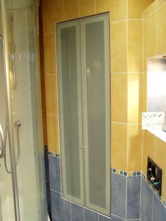 створки складные в нишу в ванной