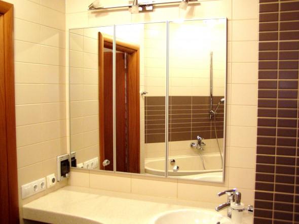 дверцы складные в нишу в ванной на заказ под зеркало