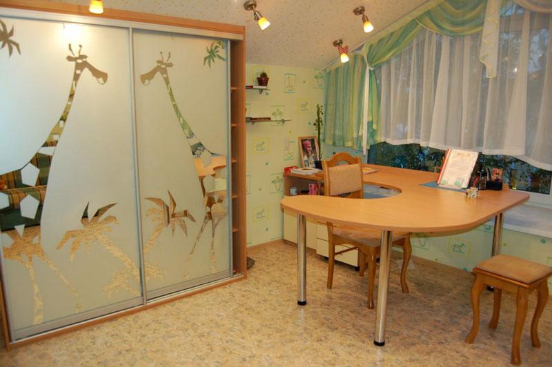 детская комната со шкафом купе фото