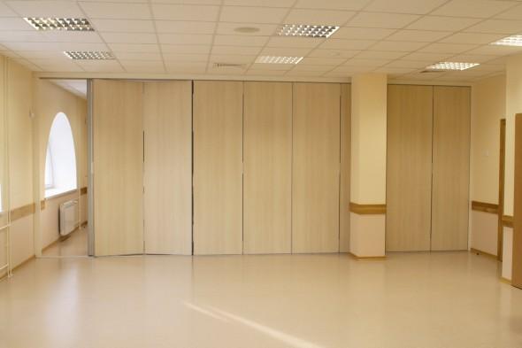 сдвижные и складывающиеся перегорородки для квартиры и офиса