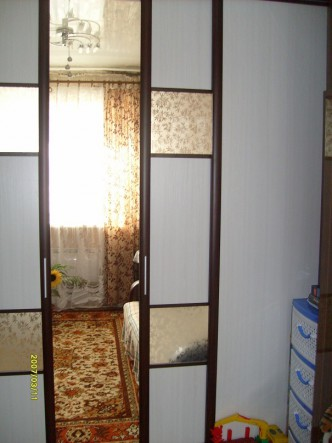 двери купе прячутся в стенную перегородку