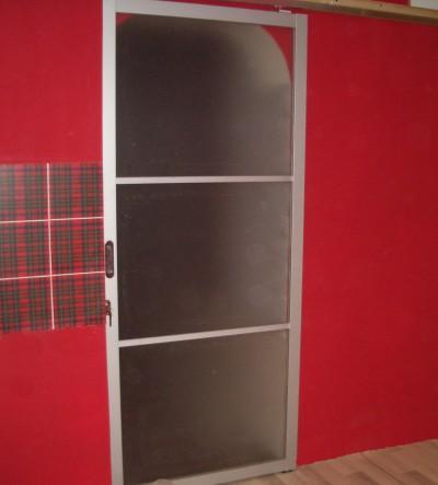 фото раздвижных дверей в английском стиле
