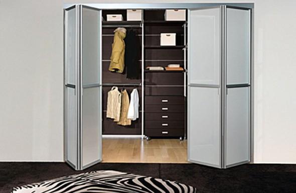дизайн складных дверей в гардеробную