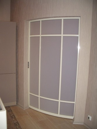 радиусные белые двери раздвижные в спб