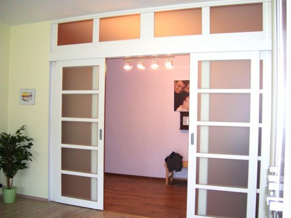 раздвижные белые двери деревянные из массива бука