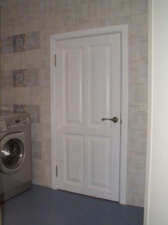 дверь деревянная из массива белая на заказ в спб