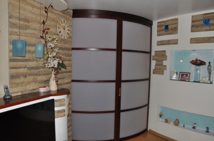 дверь радиусная мебельная для гардеробного шкафа