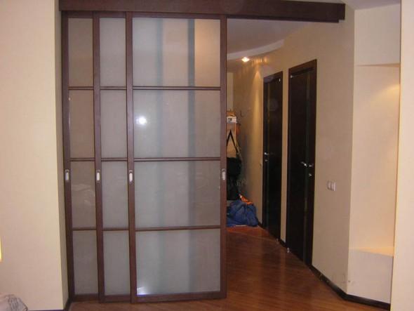 трехстворчатая дверь сдвижная в одну сторону