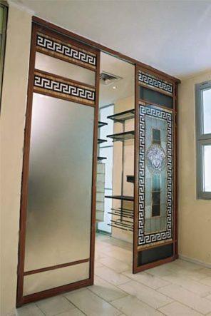 раздвижные навесные двери в гардероб