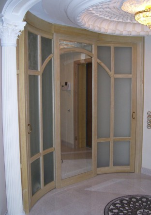 деревянная дверь раздвижная из массива