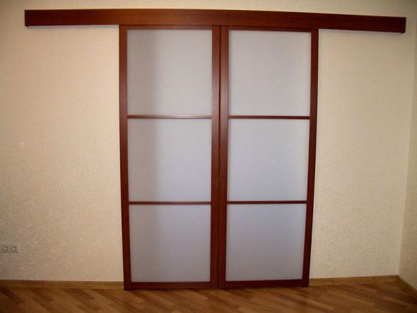изготовление сдвижных дверей в Петербурге