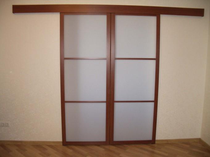 дверь раздвижная со стеклом