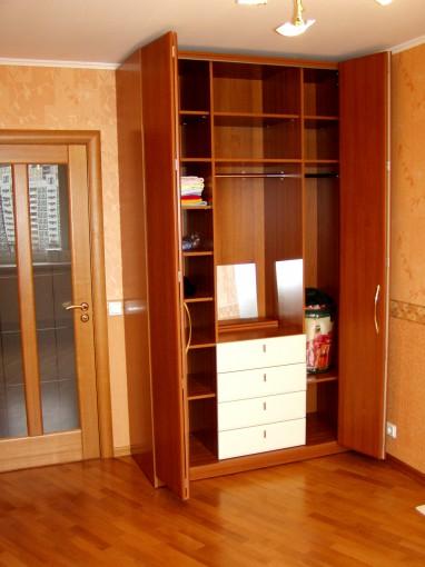 двери-книжки для шкафа на заказ